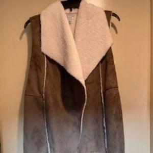 Soft/Cozy Vest - Faux Suede/Sheepskin type